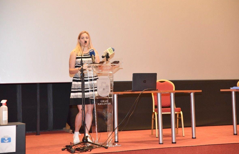 GRADSKO VIJEĆE Vijećnica Ela Naranđa pitala je o sanitarnom čvoru na Tržnici, Bjelovarskom vrtu te LAG-ovima - EVO ODGOVORA