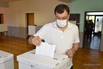 Na biralište izašao župan DAMIR BAJS: Danas odlučujemo o budućnosti naše zemlje tijekom slijedeće četiri godine
