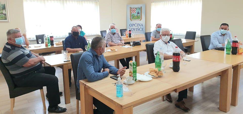 Županijski načelnici sastali se u Rovišću - Jedna od tema bila je funkcioniranje manjih općina i njihovo potencijalno ukidanje