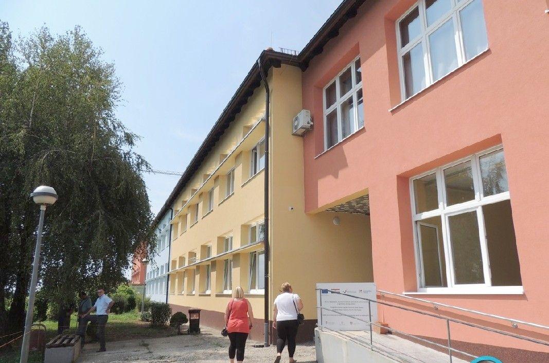 PRI KRAJU SU RADOVI na obnovi škole u Čazmi i Dragancu - Sve će biti spremno za novu školsku godinu