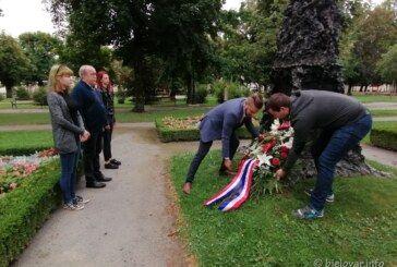 Dan pobjede i domovinske zahvalnosti i Dan hrvatskih branitelja – SDP BBŽ odao počast poginulim hrvatskim braniteljima