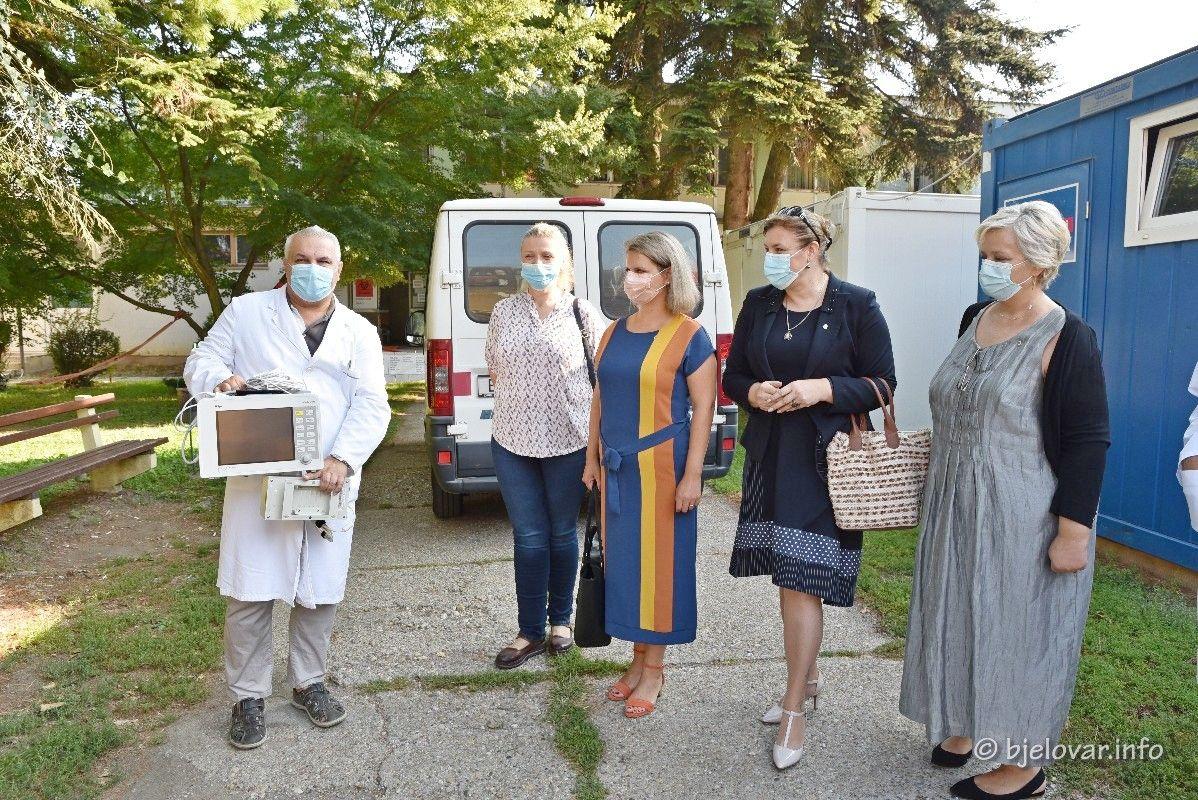 Donacija Općoj bolnici Bjelovar - Lions klub Bjelovar uručio transportni monitor za praćenje vitalnih funkcija