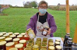 Sajam Zimnice u Zagrebu – Bjelovarski OPG Bačak dobio je dva priznanja za ukiseljene patišone i džem od višnje