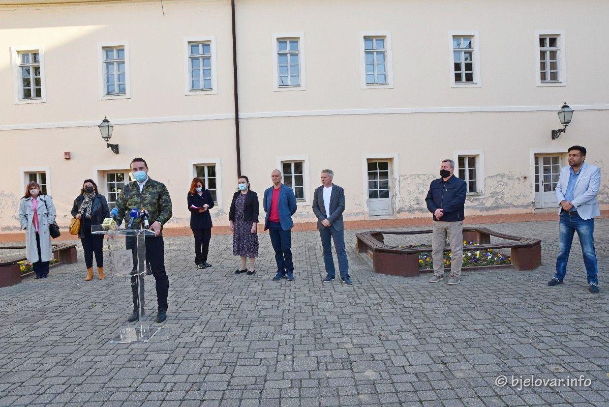 BJELOVARSKI DORUČAK SE NASTAVLJA – Sve bjelovarske osnovne škole nabavljat će domaće proizvode od bjelovarskih proizvođača