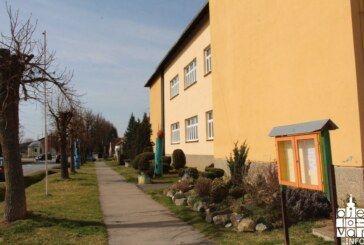 Ministar Fuchs predložio produženje zimskih školskih praznika za tjedan dana