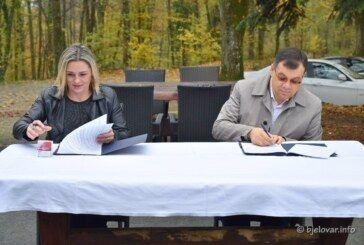 Župan Bajs potpisao ugovor o dodjeli sredstava za promociju turističke ponude SRCA ZELENE HRVATSKE