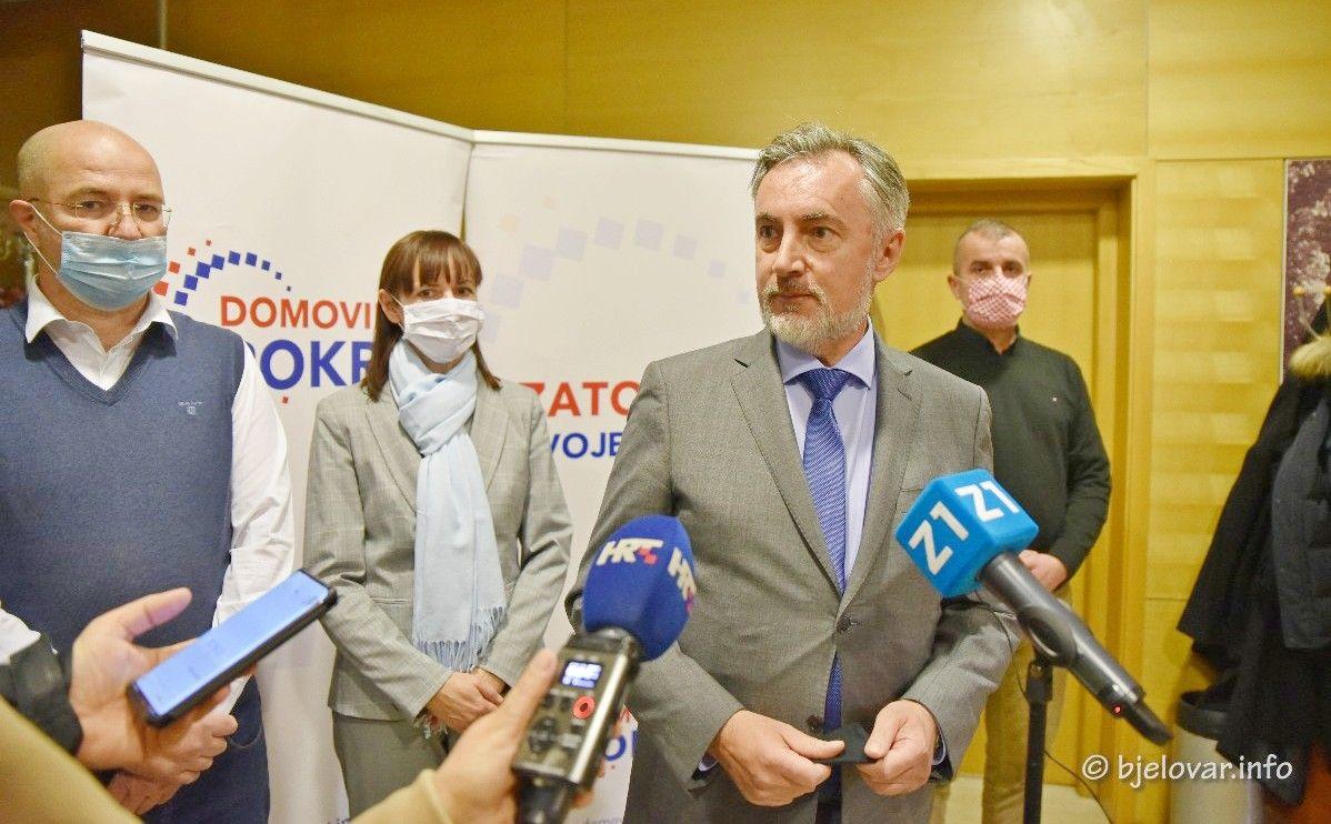 Miroslav Škoro na osnivačkoj skupštini Domovinskog pokreta Bjelovarsko-bilogorske županije