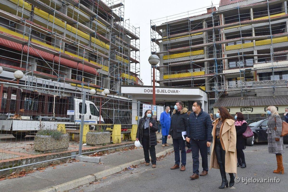 U tijeku je obnova Doma za starije osobe u Bjelovaru - Župan Bajs obišao radove
