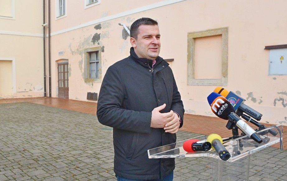 Pomoć stradalima u potresu - Grad Bjelovar uplatio sredstva i osigurao smještaj za 30 obitelji