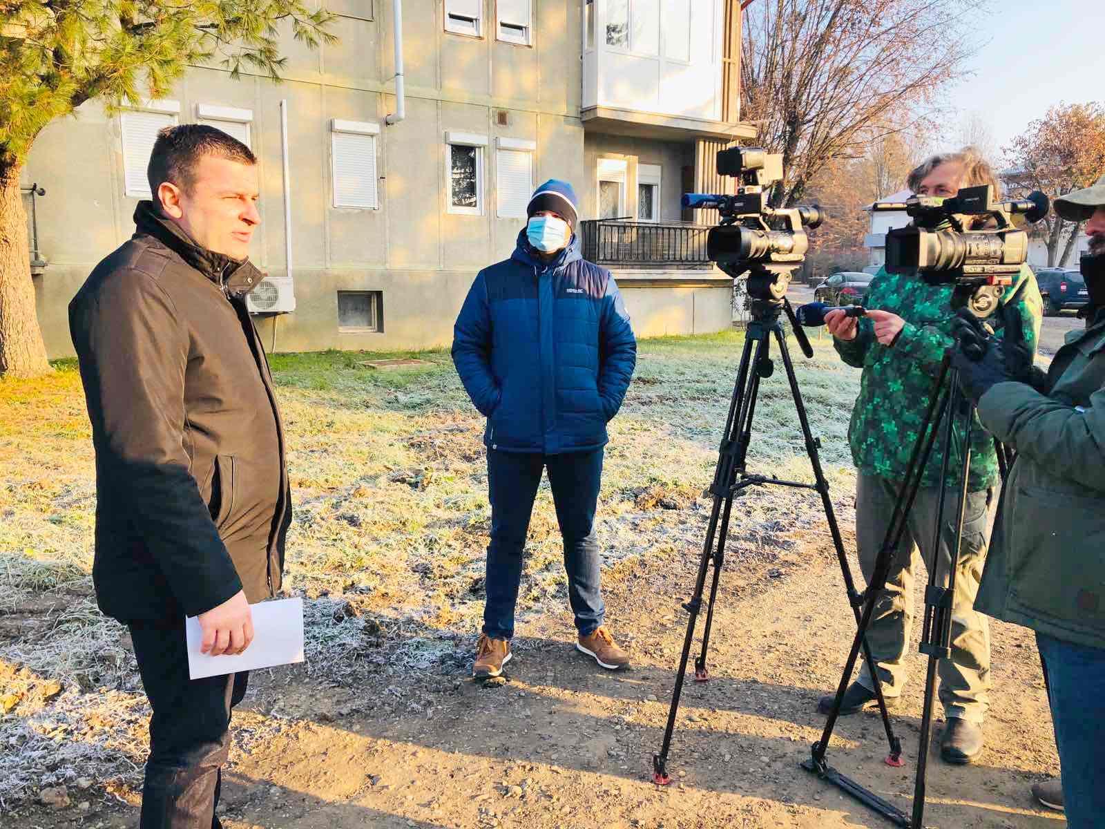 Gradonačelnik Hrebak o Adventu u Bjelovaru i otvaranju trgovine