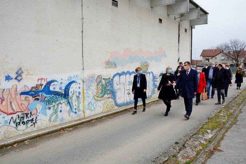 ŽUPANIJSKE ŠKOLE na kojima je završena energetska obnova sada su među najmodernijima u Hrvatskoj - Nastavlja se obnova škola u Daruvaru