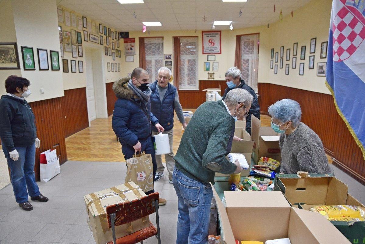 UVIJEK SU TU KADA JE POTREBNA POMOĆ: Češka obec Bjelovar uključila se u akciju prikupljanja pomoći