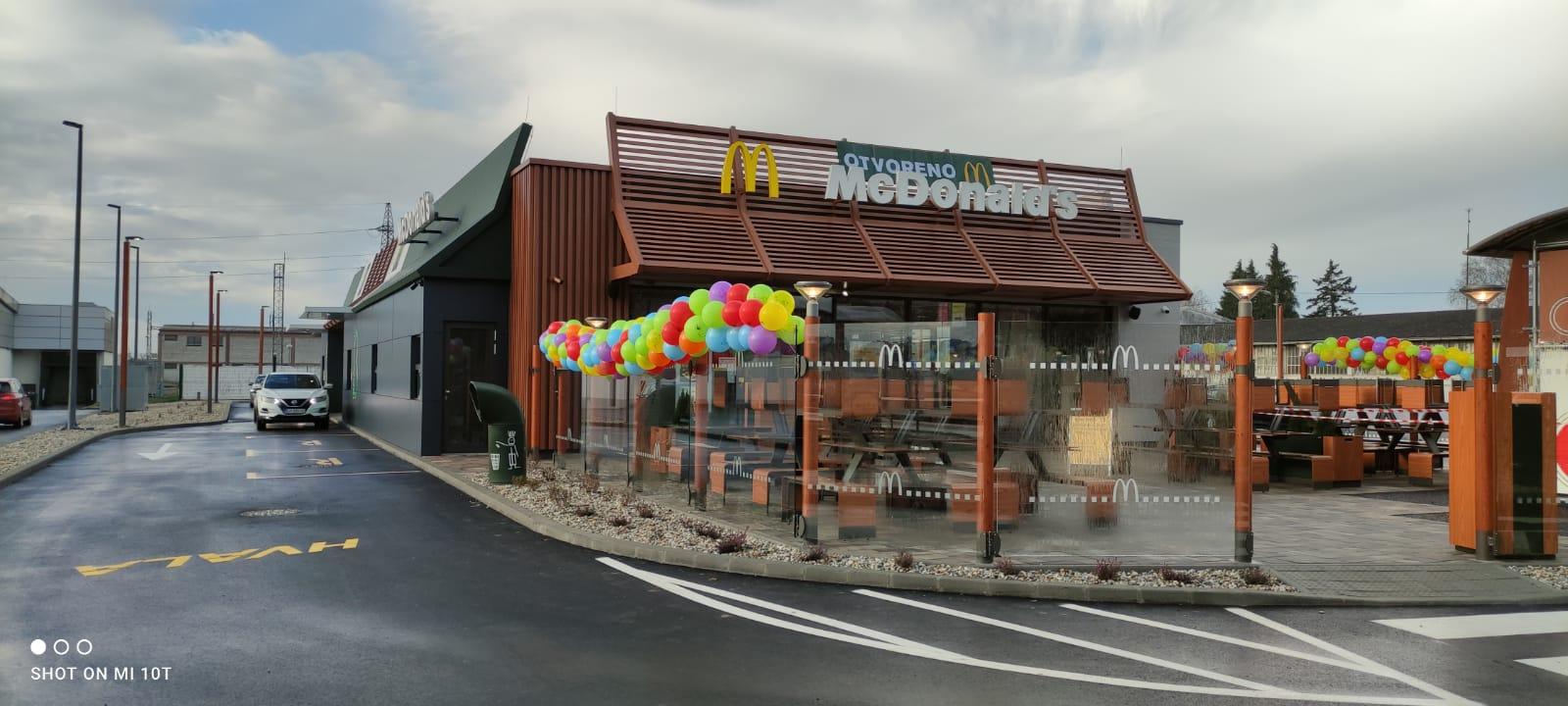 McDonald's (8)
