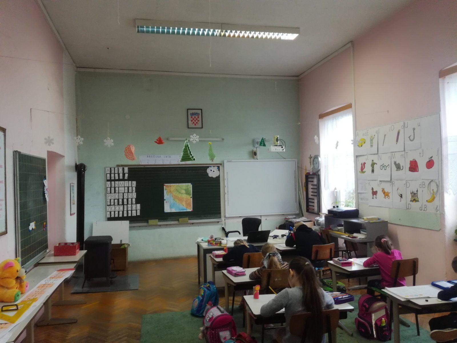 škola Miklouš 9 (1)