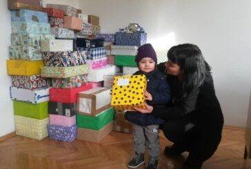 Grad Čazma: Djeca Moslavine za djecu Banovine prikupila gotovo stotinu kutijica prijateljstva