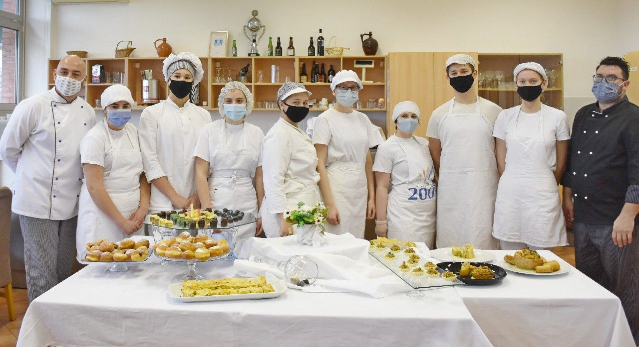 (FOTO) Turističko-ugostiteljska i prehrambena škola Bjelovar provodi brojne zanimljive aktivnosti kroz četiri projekta