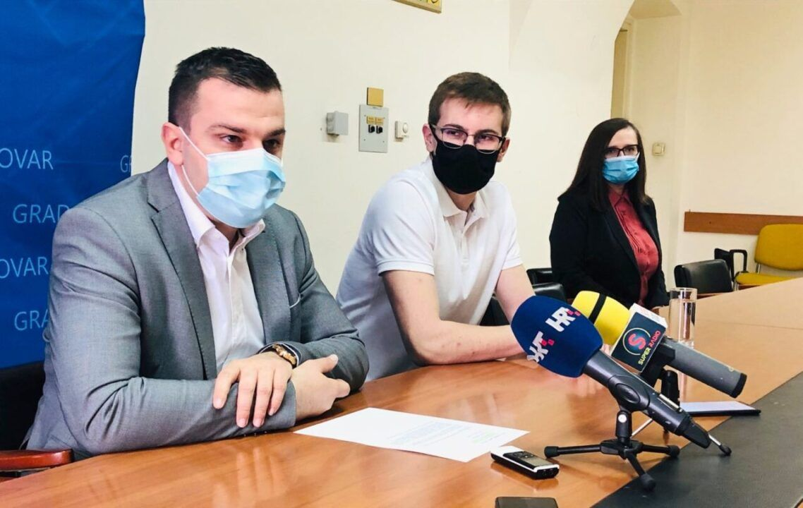 Bjelovar postaje grad uspješnih učenika, među njima je i gimnazijalac Nikola Mamić, hrvatski pobjednik natjecanja 'Juvenes Translatores'