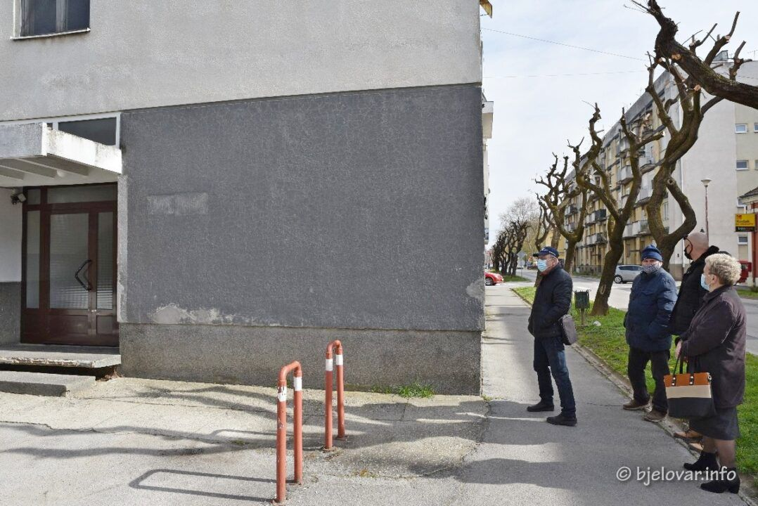 Grad Bjelovar nastavlja sufinancirati obnovu pročelja i krovova zgrada - U ovu obnovu ulazi 11 zgrada