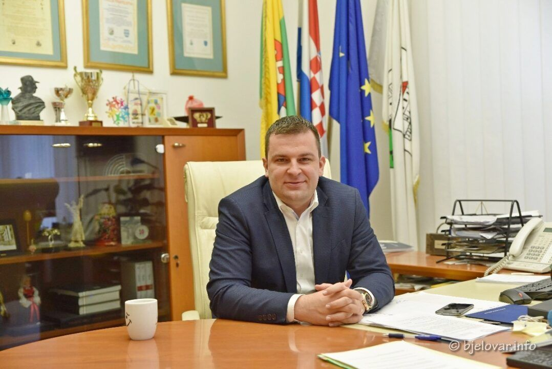 Veliki intervju s gradonačelnikom Dariom Hrebakom