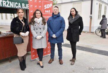 SDP-ova kandidatkinja za gradonačelnicu Bjelovara Antoneta Đokić zadovoljna s prikupljanjem potpisa