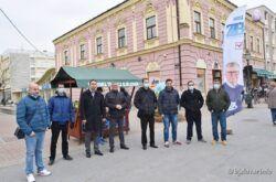 Kandidat HDZ-a za gradonačelnika Zoran Bišćan skupio potpise birača za kandidaturu