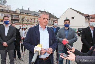HDZ-ov kandidat za gradonačelnika Zoran Bišćan predao kandidacijsku listu za Gradsko vijeće