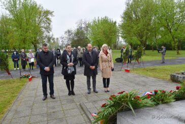[FOTO] U Gudovcu pokraj Bjelovara obilježena 80. godišnjica prvog ustaškog masovnog zločina nad Srbima