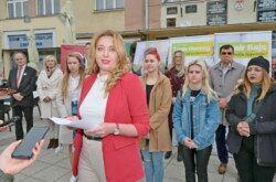 Daruvarčanka Tanja Herceg predstavila kandidaturu za gradonačelnicu: 'Daruvaru ćemo vratit sjaj koji zaslužuje!'