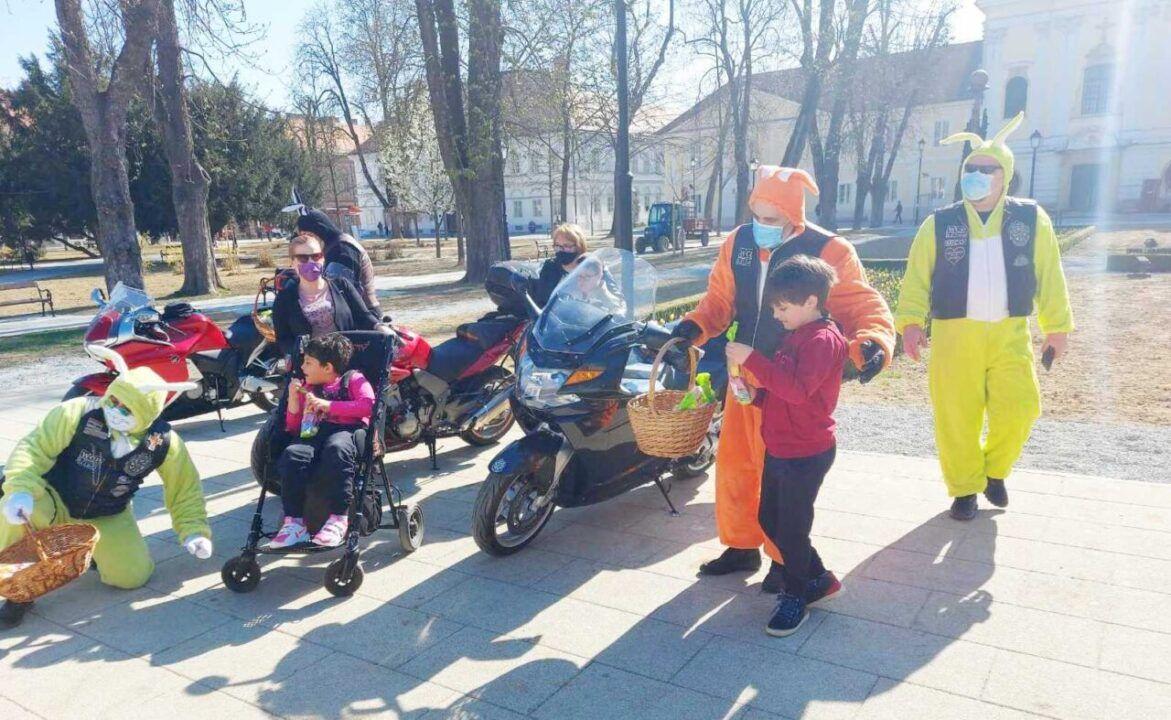 Unatoč koronavirusu, moto zečevi misle na bjelovarske mališane – Pisanice i slatkiši povodom blagdana Uskrsa
