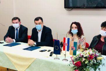 ŽUPANIJA osigurala korisnicima kućanske i osnovne higijenske potrepštine u sklopu projekta 'Za žene BBŽ'