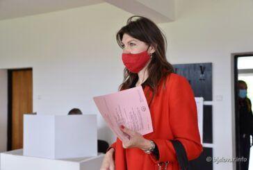 SDP-ova kandidatkinja za županicu Sandra Frčo glasovala na lokalnim izborima