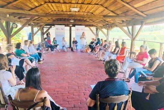 Osnaživanje žena s ruralnog područja (6)