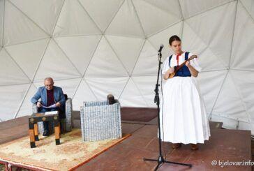 Održana književna večer u čast bjelovarskim pjesnicima, Željku Sabolu i Branku Kreštanu