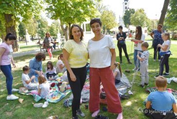 Veselo i aktivno u bjelovarskom parku – Mala škola pletenja i kukičanja – Rođendanski dar BOK festu