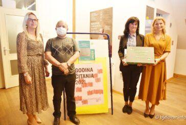 Predstavljena PRVA taktilna slikovnica o Bjelovaru: 'Gledam, slušam i osjećam Bjelovar'