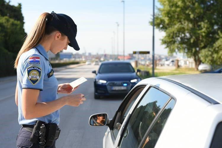 Prometna policija kontrola