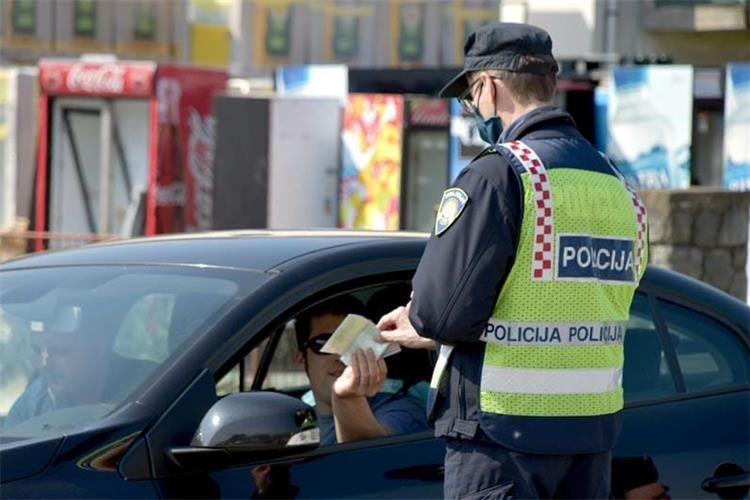 policija vikend akcija