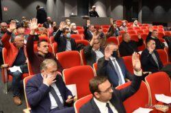 Županijska skupština BBŽ: Rebalans proračuna prihvaćen u vrlo neugodnoj raspravi vijećnika, od narikanja, do molitvenika