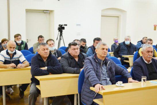 sastanak u gradu-stočarstvo (3)