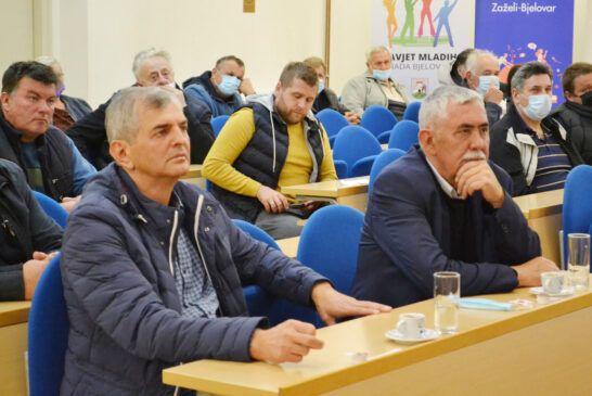sastanak u gradu-stočarstvo (4)